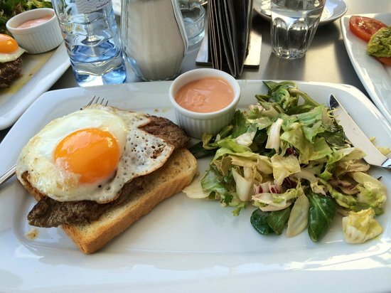 Cafe Mozart: Steak sandwich: great, but I wish they'd asked how well-done I wanted it