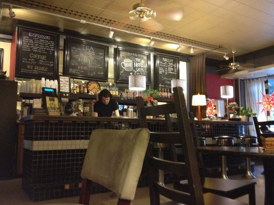 Berea Coffee & Tea: Barista at work