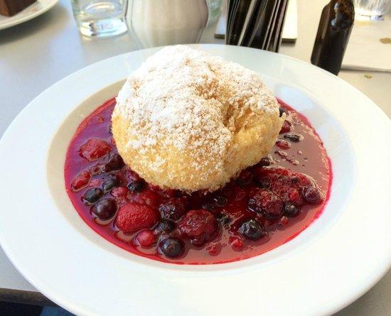 Cafe Mozart: Topfenknödel: delicious