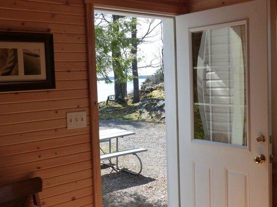 Horseblock Point Cottages: entree cottage
