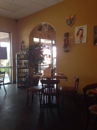 little habana cafe: Pleasant