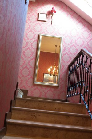 Mozart Hotel : stairs