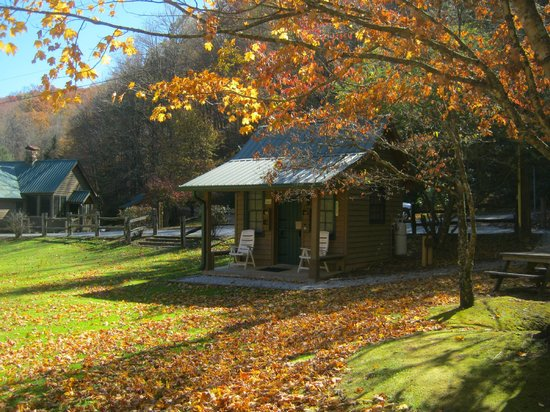 Valley Springs Lodging: Our office in the fall