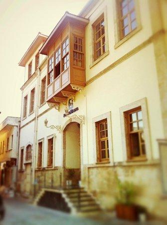 Puding Marina Residence : Вход в отель