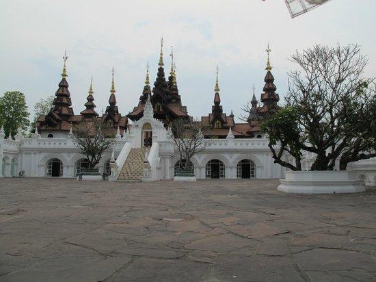 The Dhara Dhevi Chiang Mai : Fachada do Hotel