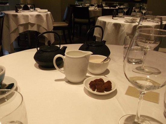 Kitchen W8: Tea & Truffles