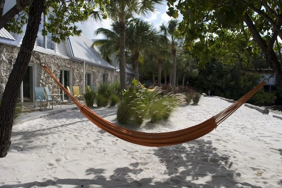 Ibis Bay Beach Resort : Beachfront rooms and hammocks