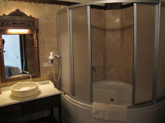 Selcuklu Evi: Salle de bain