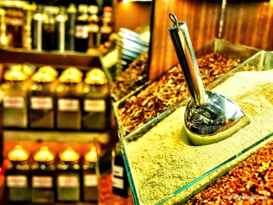 Turkish Flavours : Spice bazaar tour