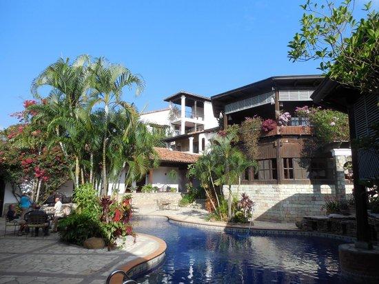 Hotel Marina Copan: Courtyard