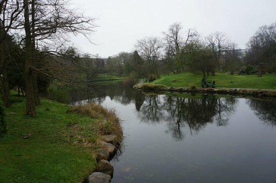 Botanical Gardens (Botanisk Have) : The lake.