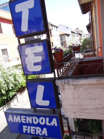 Hotel Amendola Fiera: Let's have look out side
