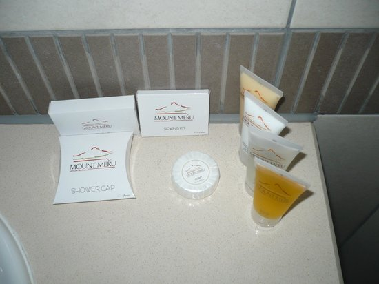 Mount Meru Hotel: Toiletries