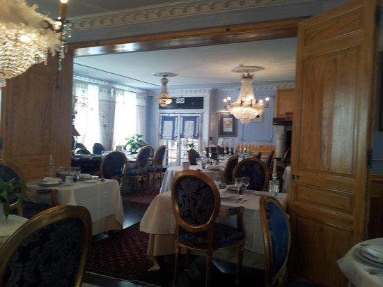 Villa Aultia Hotel & Resort : salle à manger