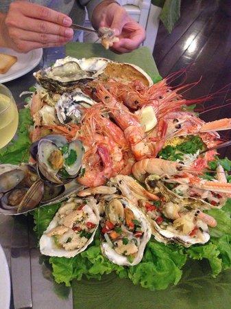 Dom Pepe Restaurante : Travessa de marisco