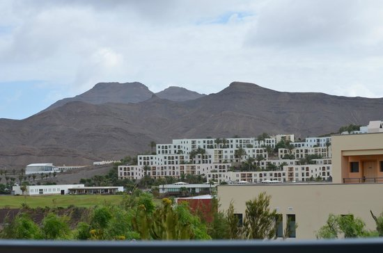 Playitas Aparthotel: View from the terrace