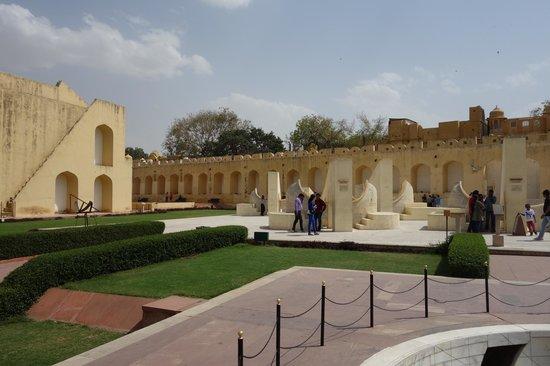 Jantar Mantar - Jaipur: overall