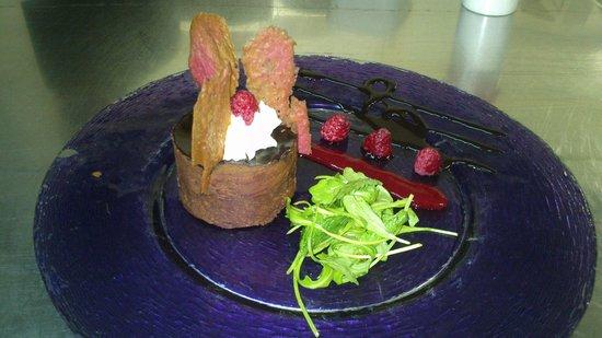 Hotel L' Hermitage : croustillant pralinée chocolat, cœur coulant framboise