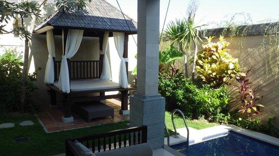 Transera Grand Kancana Villas Bali: 部屋のプール