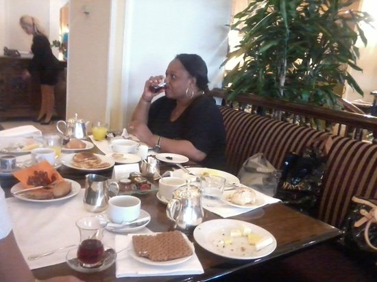 Conrad Istanbul Bosphorus: Buffet Breakfast
