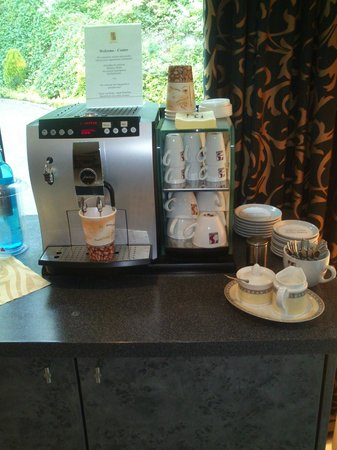 Hotel VierJahreszeiten Iserlohn: Kaffemaskin