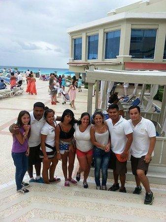 Gran Caribe Resort: UN GRUPO INCREIBLEEE CHICOS GRACIAS