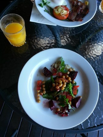 Artisan Spa Views Bed & Breakfast: Delicious Vegan Breakfast
