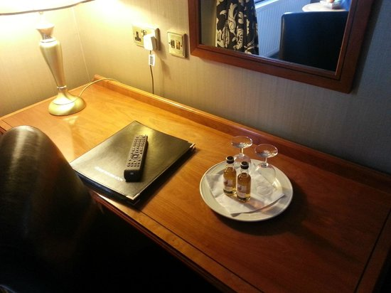 Cuillin Hills Hotel : Complementary drinks