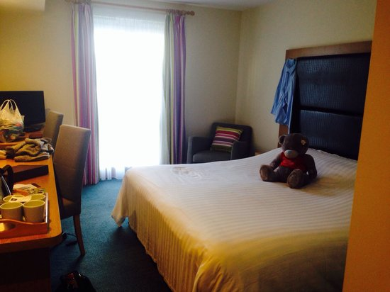 Big Blue Hotel : Hotel room. Very clean, comfortable bed and soft clean bedding. Bliss