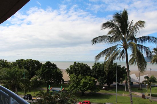 DoubleTree by Hilton Hotel Cairns: The view from my balconey