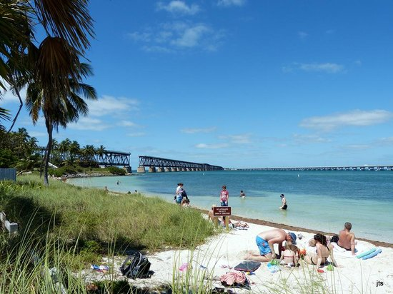 Bahia Honda State Park and Beach: View of bridge from the Atlantic beach