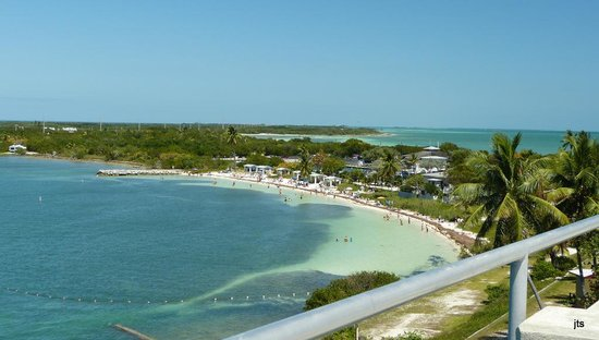 Bahia Honda State Park and Beach: View from bridge of the gulf beach -more beyond the point