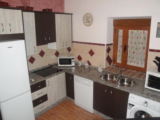 Casa Rural Los Abuelos: Cocina