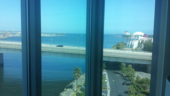 Residence Inn by Marriott Long Beach Downtown: View from corner room#818