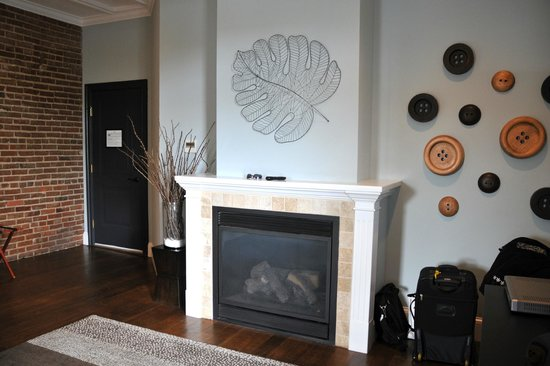 Suites at 249 : Gas Fireplace