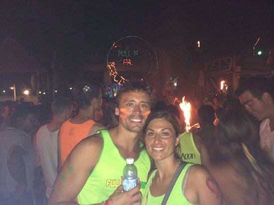 Full Moon Party : Francisco Peña and Fabiola from Chile