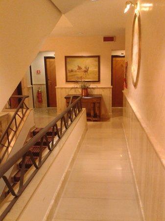 Best Western Hotel Rivoli: Interno I piano