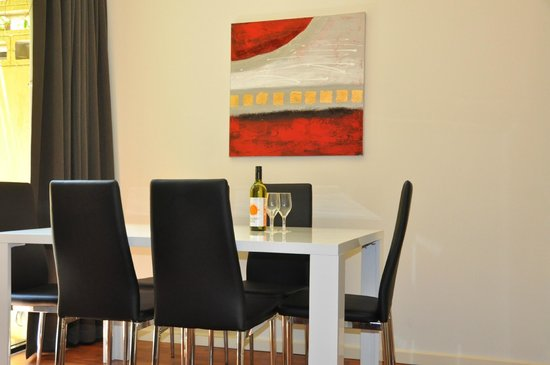 RNR Serviced Apartments Adelaide : Dining