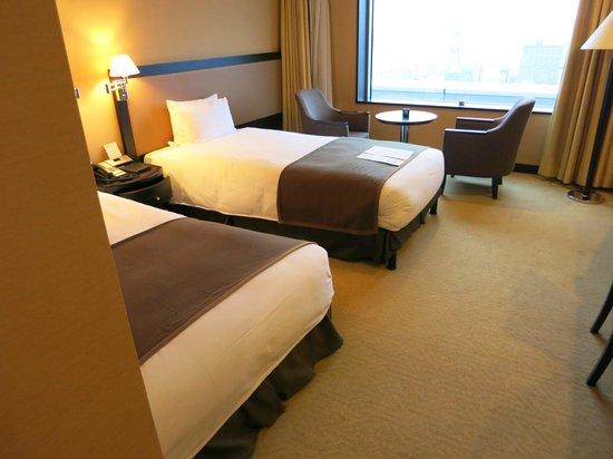 JR Tower Hotel Nikko Sapporo: シングル予約でしたが「ツインにしていただきました。寝やすいです。