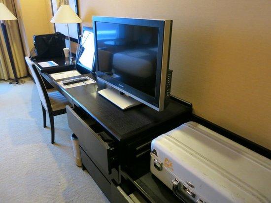 JR Tower Hotel Nikko Sapporo: 大型テレビが嬉しい