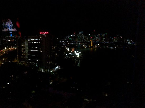 North Sydney Harbourview Hotel : View