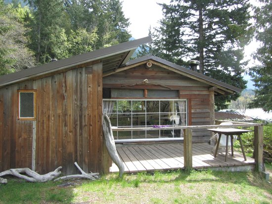 Lillooet Lake Lodge: Cabin #5