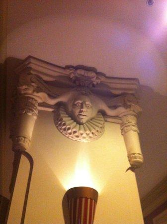 Circus Circus Manor Motor Lodge: Décor du Lobby