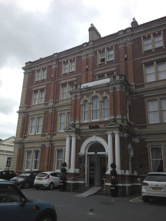 Mercure Exeter Rougemont Hotel: Front of hotel