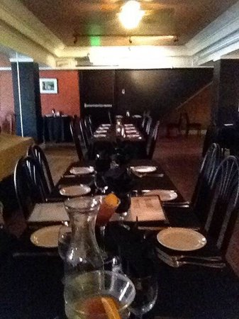 The Bistro Restaurant & Wine Club : Lots of room for large parties!