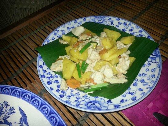 Kitchen Angkor Chey: dish