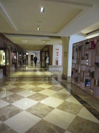 Hilton Molino Stucky Venice Hotel: Foyer area