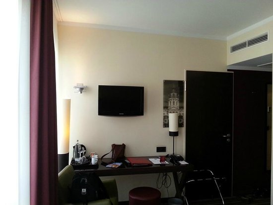Leonardo Hotel Berlin : номер