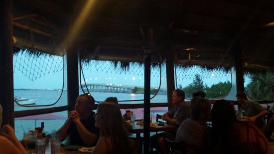 Squid Lips Overwater Grill: Killer view from the outside deck!