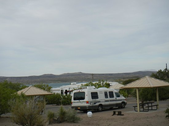 Elephant Butte, NM: View of mountains